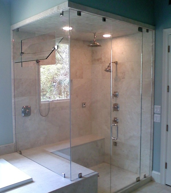 The Coziness and Convenience of Glass Shower Doors